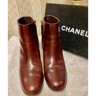 シャネル(CHANEL)のCHANEL ショートブー2019モデル 美品(ブーツ)