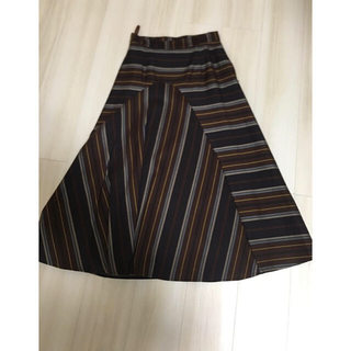 マウジー(moussy)の【美品】moussy スカート(ひざ丈スカート)