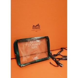 エルメス(Hermes)のエルメスマルチポーチ透明簡単手入れステキ海外旅行バッグインバッググリーンオレンジ(ポーチ)