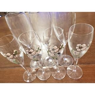 ドンペリニヨン(Dom Pérignon)のペリエジュエベルエポックグラス4脚とドン・ペリニヨングラス3脚セット(グラス/カップ)