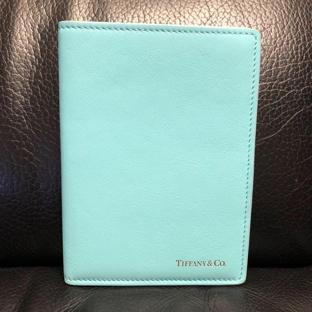 Tiffany & Co.(ティファニー)のティファニー♡パスポートケース インテリア/住まい/日用品の日用品/生活雑貨/旅行(旅行用品)の商品写真