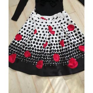 M'S GRACY - エムズグレーシー (6)薔薇柄スカート  40 サイズ 美品