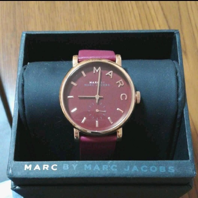 MARC BY MARC JACOBS - 新品未使用 マークジェイコブス 腕時計 ピンク ! マークバイマークジェイコブスの通販