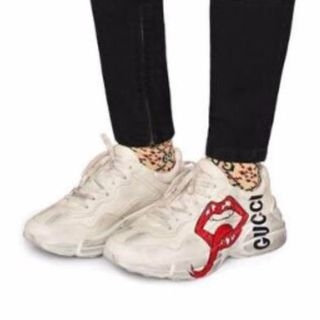Gucci - GUCCI KISS 〔ライトン〕マウス プリント スニーカー