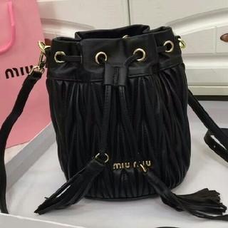 miumiu - miumiu ショルダーバッグ ブラック