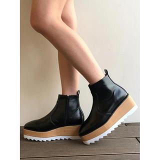 アンビー(ENVYM)の【ENVYM】新品未使用 ショートブーツ 厚底 ヒール(ブーツ)