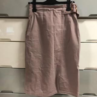 膝下スカート(ひざ丈スカート)