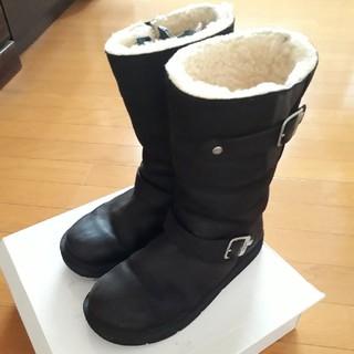 アグ(UGG)のUGGレザーエンジニアブーツ黒 (ブーツ)