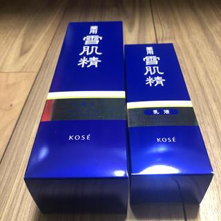 セッキセイ(雪肌精)の新品未使用☆薬用雪肌精☆化粧水、乳液セット(化粧水 / ローション)