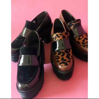 ムルーア(MURUA)のMURUA 靴 プラットフォーム ローファー 黒 サイズ36(ローファー/革靴)