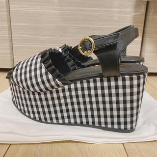 量産型 靴
