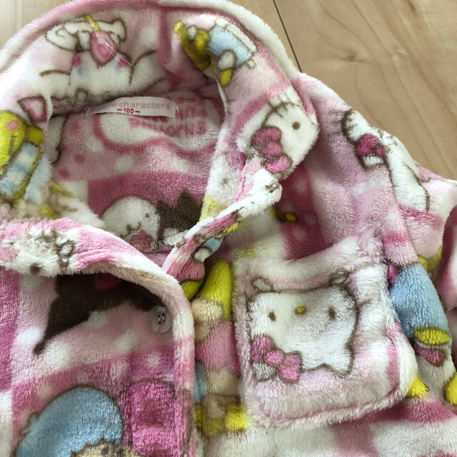 サンリオ(サンリオ)のサンリオ パジャマ  モコモコ あったか ピンク 長袖 100 女の子 キッズ/ベビー/マタニティのキッズ服女の子用(90cm~)(パジャマ)の商品写真