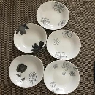 レノマ(RENOMA)のレノマRenoma 花柄お皿 20×22×4(食器)