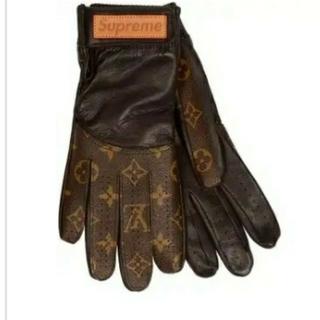 ルイヴィトン(LOUIS VUITTON)の南専魂様専用(手袋)
