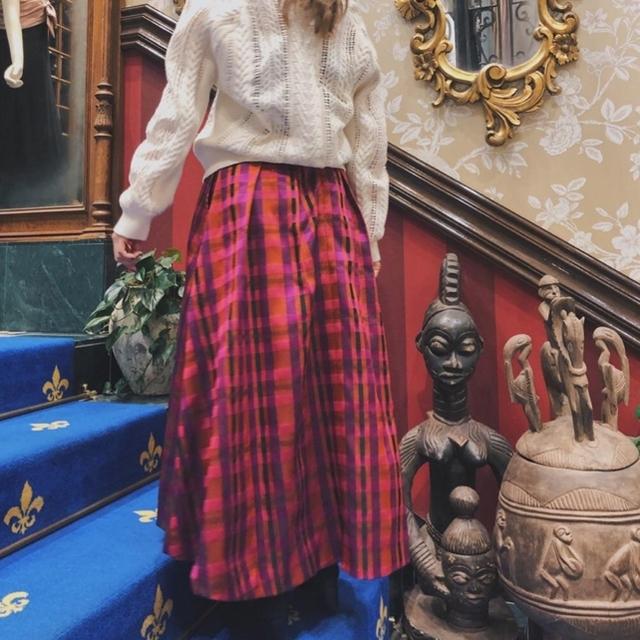 GRACE CONTINENTAL(グレースコンチネンタル)のチェックフレアスカート レディースのスカート(ロングスカート)の商品写真