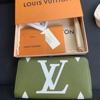 ルイヴィトン(LOUIS VUITTON)のLouis Vuitton ジッピーウォレット ジャイアントモノグラム(財布)