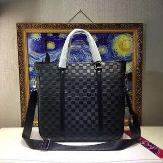 LOUIS VUITTON - LouisVuittonメンズビジネスハンドバッグ