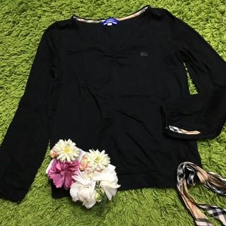 バーバリーブルーレーベル(BURBERRY BLUE LABEL)のburberryバーバリーブルーレーベル レディトップス黒(Tシャツ(長袖/七分))