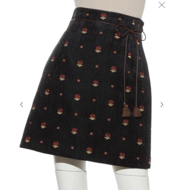 Lily Brown(リリーブラウン)のLilyBrownのタイトスカート レディースのスカート(ミニスカート)の商品写真