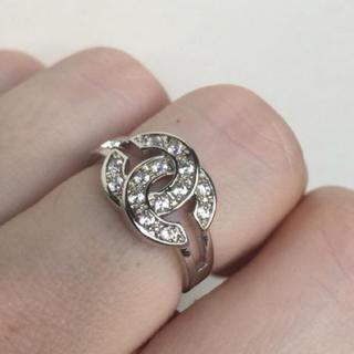 ルイヴィトン(LOUIS VUITTON)のキラキラ オシャレ ロゴ リング(リング(指輪))