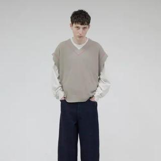 アンユーズド(UNUSED)の【美品】wonderland knit vest ニットベスト(ベスト)