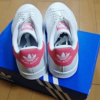 アディダス(adidas)の新品 未使用 アディダスオリジナルス スタンスミス  ピンク 24(スニーカー)