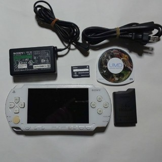PlayStation Portable - PSP-1000(白)すぐ遊べるセット(管02)