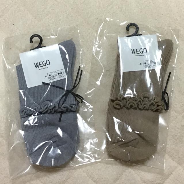 WEGO(ウィゴー)のWEGO 細リボン付きソックス 2足セット レディースのレッグウェア(ソックス)の商品写真