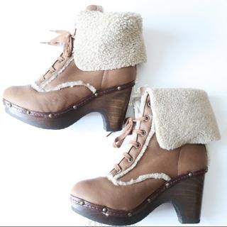 ミュウミュウ(miumiu)のリアルファー ムートン ブーツ 靴 ras プラットフォーム ブーティ(ブーツ)