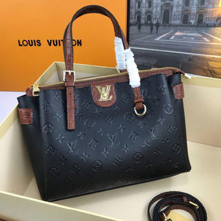 LOUIS VUITTON -  【LOUIS VIUTTON】 ショルダーバッグ