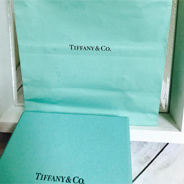 Tiffany & Co.(ティファニー)のTIFFANY&Co. リボンリング☆☆☆ レディースのアクセサリー(リング(指輪))の商品写真