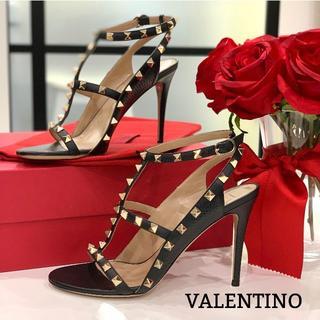 VALENTINO - 1250 美品 ヴァレンティノ ロックスタッズ パンプス 黒
