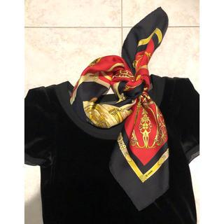 Hermes - 美品 冬にかっこよい 赤&黒 エルメス スカーフ カレ90