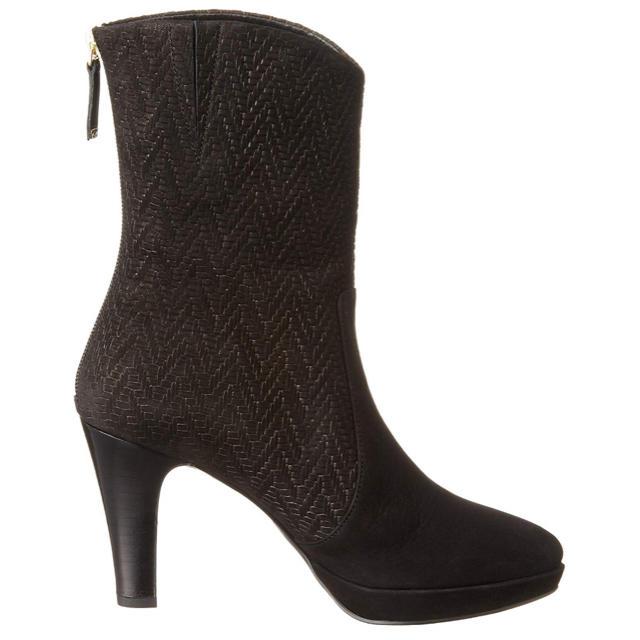 elegance卑弥呼(エレガンスヒミコ)の卑弥呼 バックファスナーショートブーツ  レディースの靴/シューズ(ブーツ)の商品写真