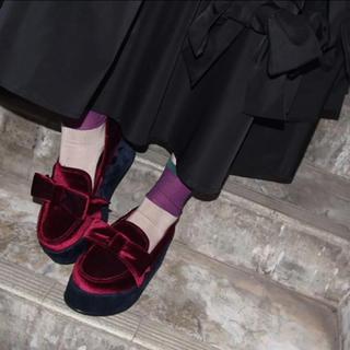 メリージェニー(merry jenny)のmerry jenny ベロアリボンシューズ(ローファー/革靴)