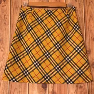 バーバリーブルーレーベル(BURBERRY BLUE LABEL)のBurberry バーバリー チェック スカート 黄色  40 L 送料込み(ひざ丈スカート)