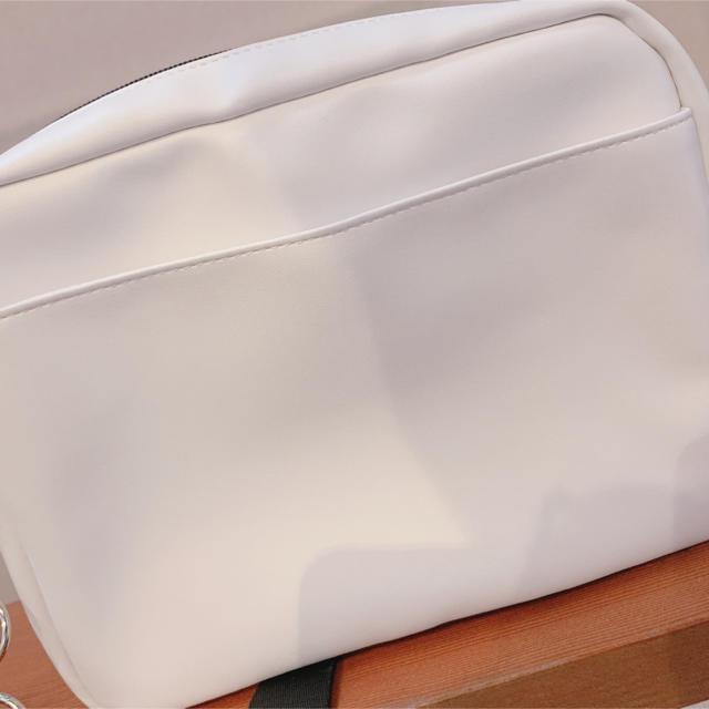 WEGO(ウィゴー)のWEGO ショルダーバック バラ レディースのバッグ(ショルダーバッグ)の商品写真