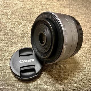 Canon - 絶妙なボケ味✨キャノン Canon EF-M 22㎜ シルバー