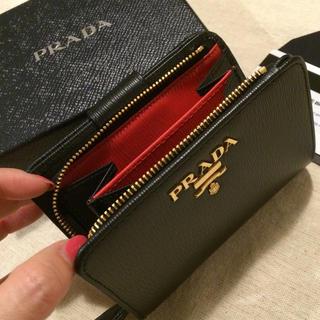 PRADA - PRADA 両面財布♡バイカラー♡大人気のブラック×レッド♡