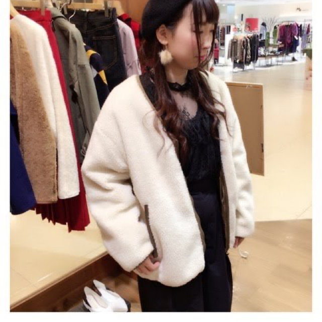 w closet(ダブルクローゼット)のwears リバーシブルボアブルゾン レディースのジャケット/アウター(ブルゾン)の商品写真