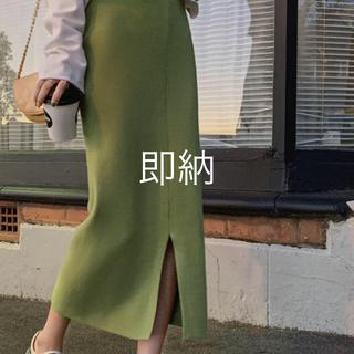 dholic - スカート スリット入り💕シンプルさが素敵💕