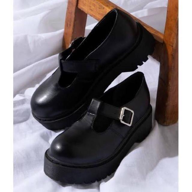 WEGO(ウィゴー)のWEGO  厚底T字ストラップシューズ  ブラック レディースの靴/シューズ(ローファー/革靴)の商品写真