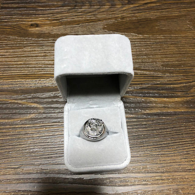JOHN LAWRENCE SULLIVAN(ジョンローレンスサリバン)のxander zhou リング メンズのアクセサリー(リング(指輪))の商品写真