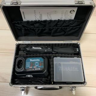 マキタ(Makita)のマキタ 充電式ペンインパクトドライバ TD022DSHXB 黒(その他)