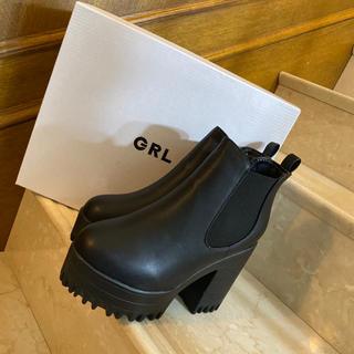 GRL厚底サイドゴアショートブーツ