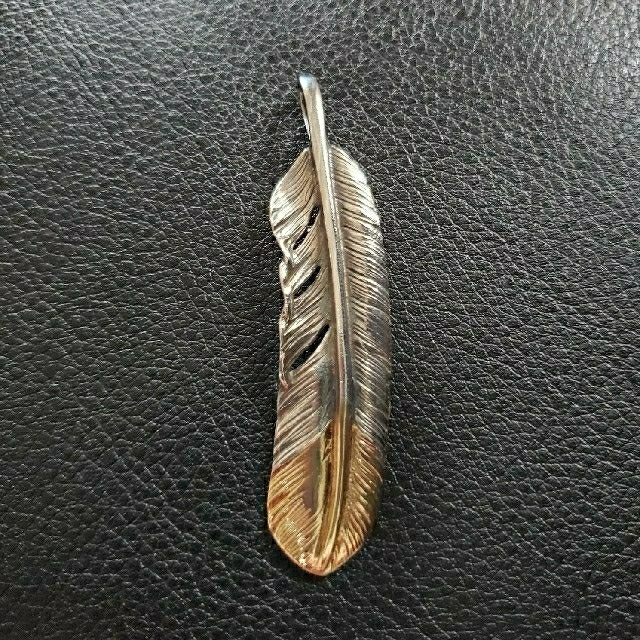 goro's(ゴローズ)のゴローズ 大イーグル 先金フェザー 2点セット メンズのアクセサリー(ネックレス)の商品写真