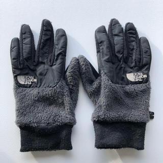 ザノースフェイス(THE NORTH FACE)のTHE NORTH FACE デナリイーチップ グローブ 手袋 Sサイズ(手袋)