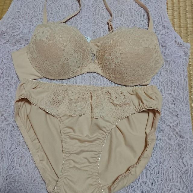 しまむら(シマムラ)のブラジャー&ショーツ レディースの下着/アンダーウェア(ブラ&ショーツセット)の商品写真