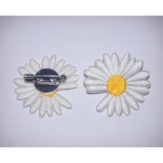 PEACEMINUSONE - peaceminusone daisy ブローチ