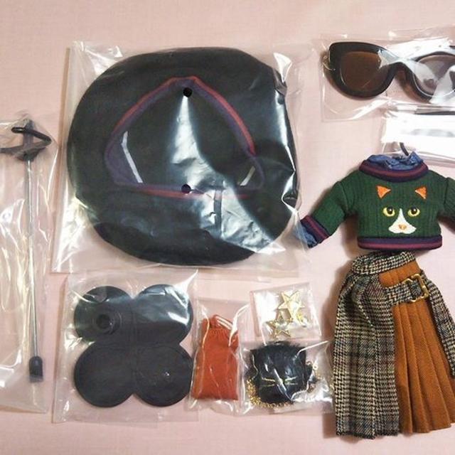 Takara Tomy(タカラトミー)の『アイルロファイルスタイル』デフォルト服セット(靴欠品) エンタメ/ホビーのエンタメ その他(その他)の商品写真